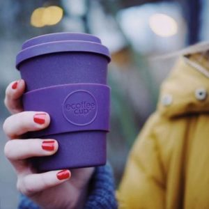 Person-holding-Ecoffee-cup